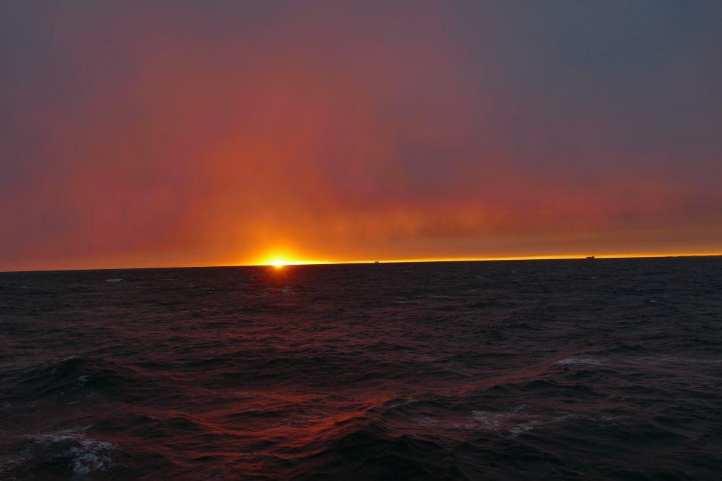 Sonnenuntergang auf Fähre 1