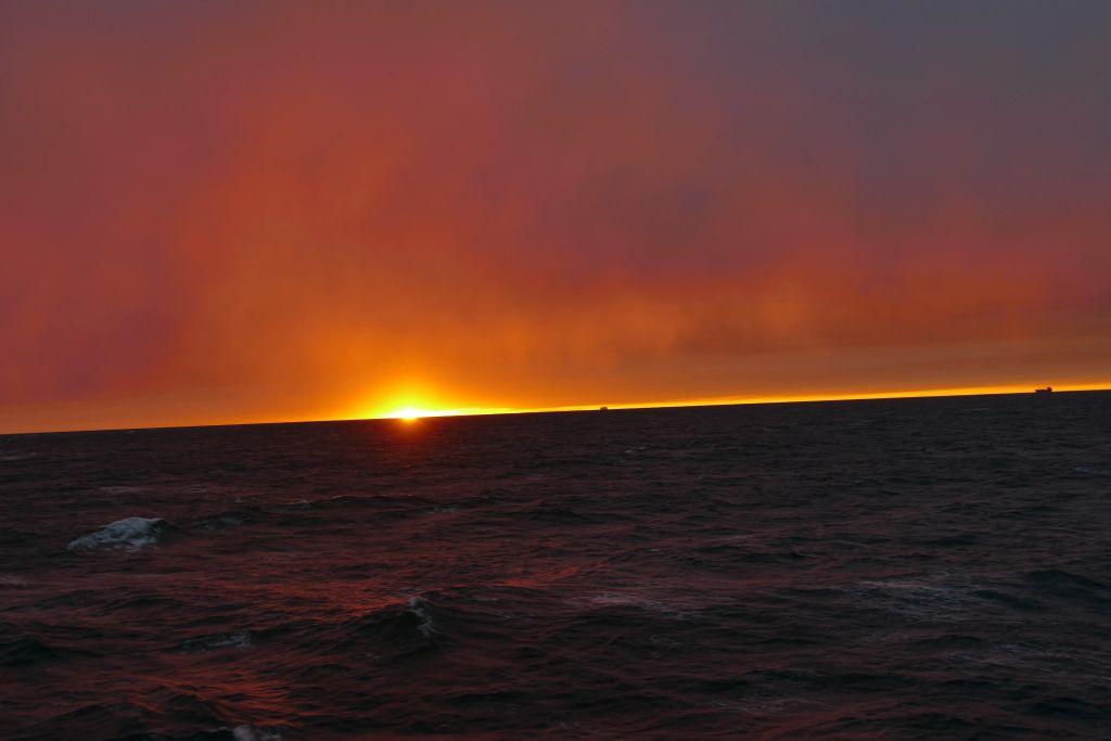 Sonnenuntergang auf Fähre 2