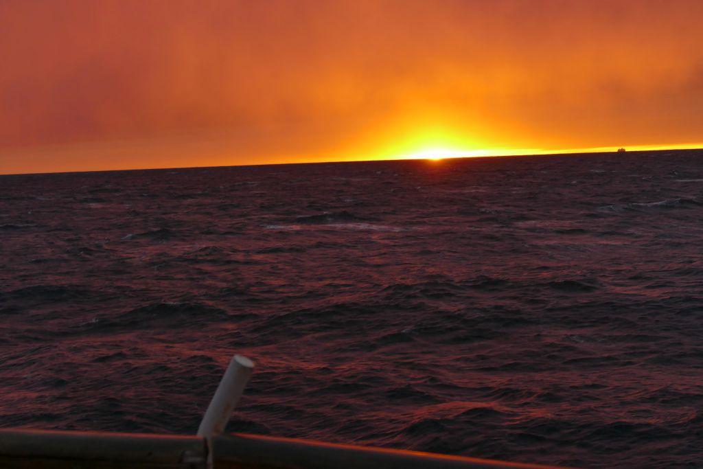 Sonnenuntergang auf Fähre 3