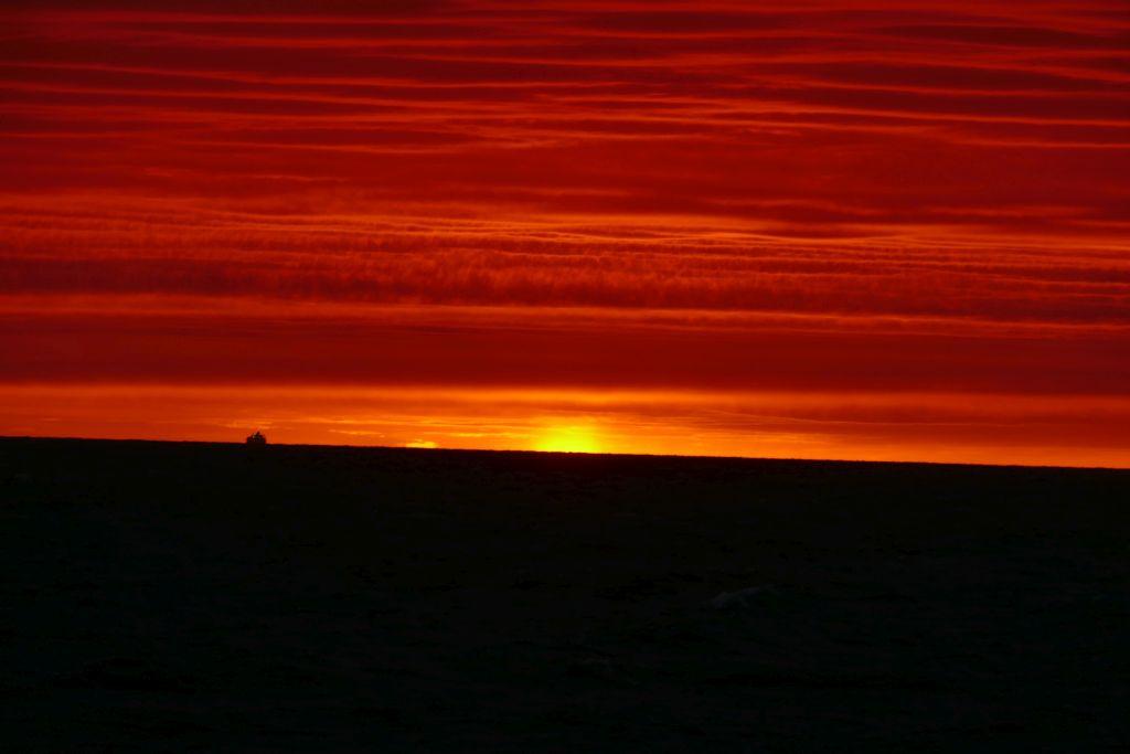 Sonnenuntergang auf Fähre 8