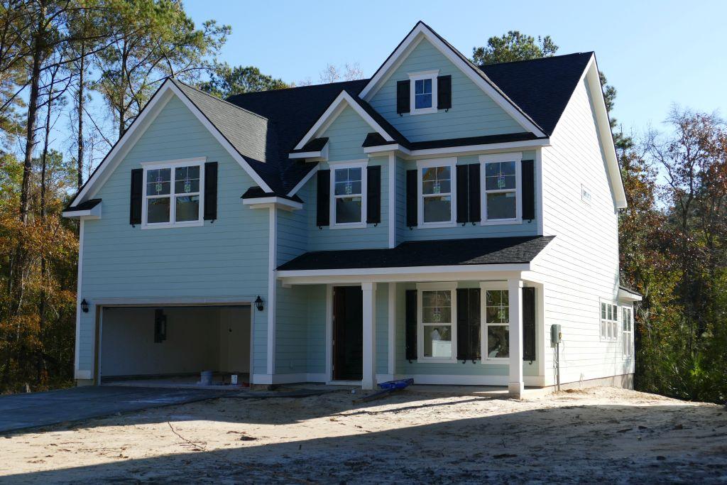 Fertiges Einfamilienhaus mit 6 Zimmer, 2 Bädern, Klimaanlage mit Wärmepumpenheizung über Klimaanlage ab ca. $300'000.-