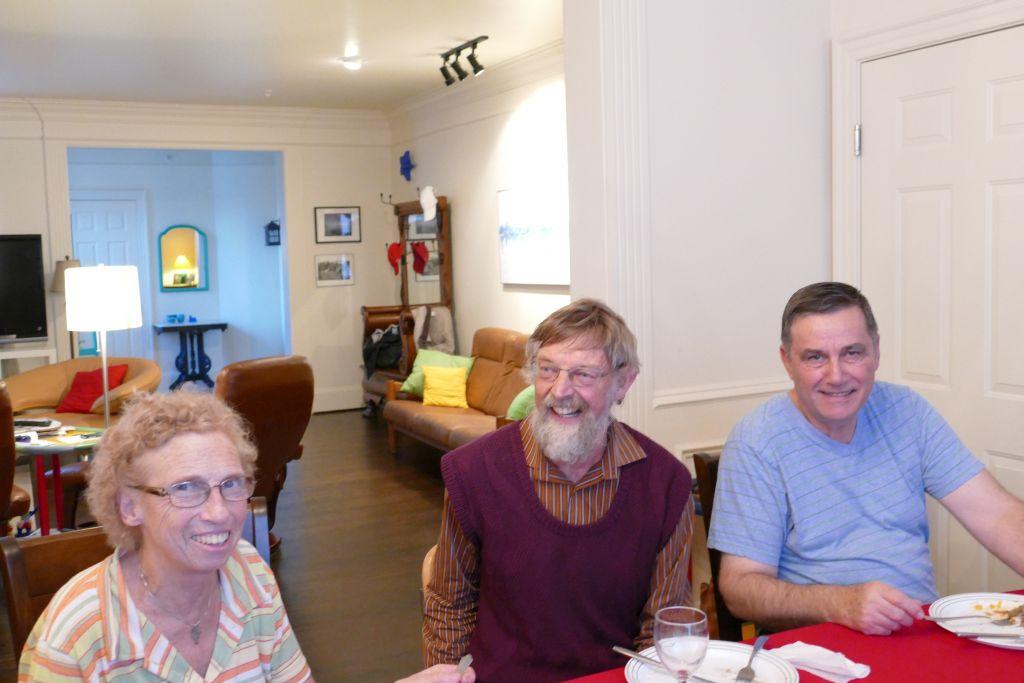 Unser Gastgeber Werner mit Esther und Karl