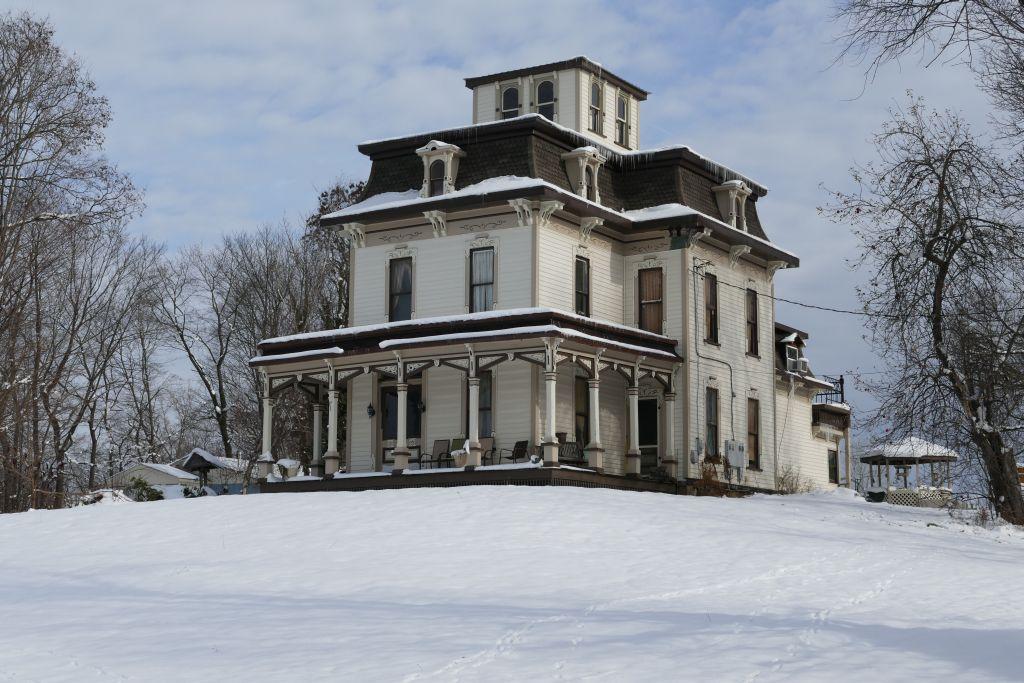 Villa im Schnee 2