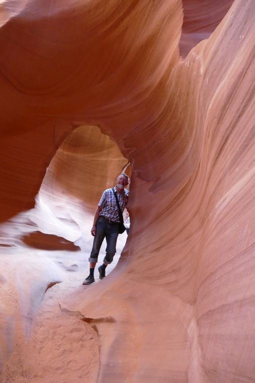 Antelope Canyon 12.jpg