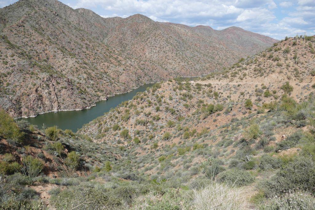 Apache Trail 3.jpg