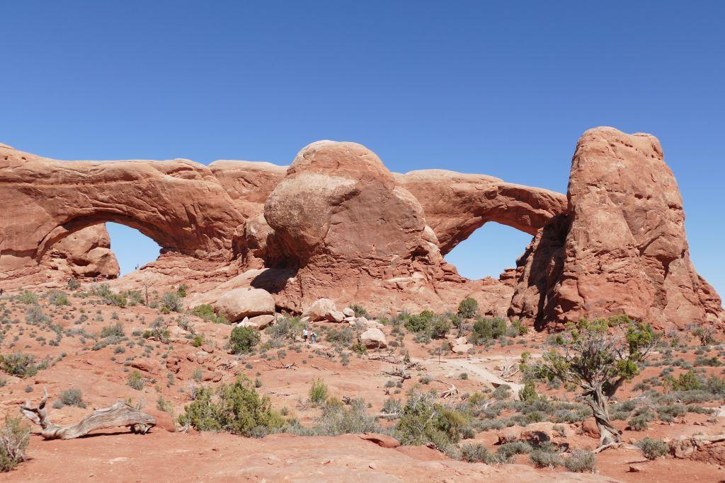 Arches 3.jpg