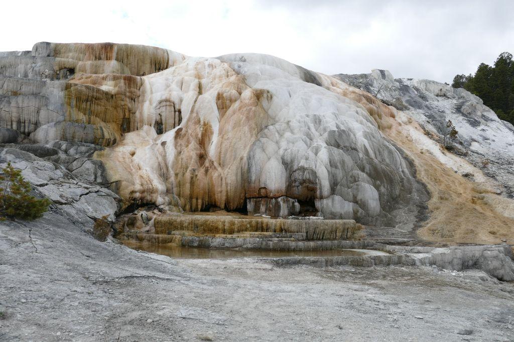 Yellowstone Farben 2.jpg