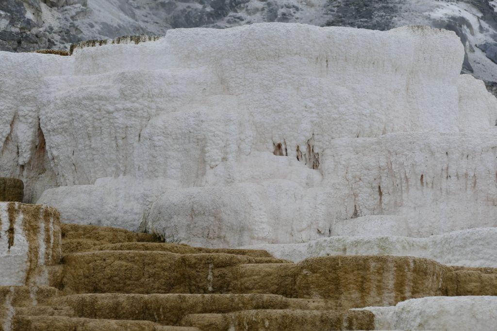 Yellowstone Farben 3.jpg