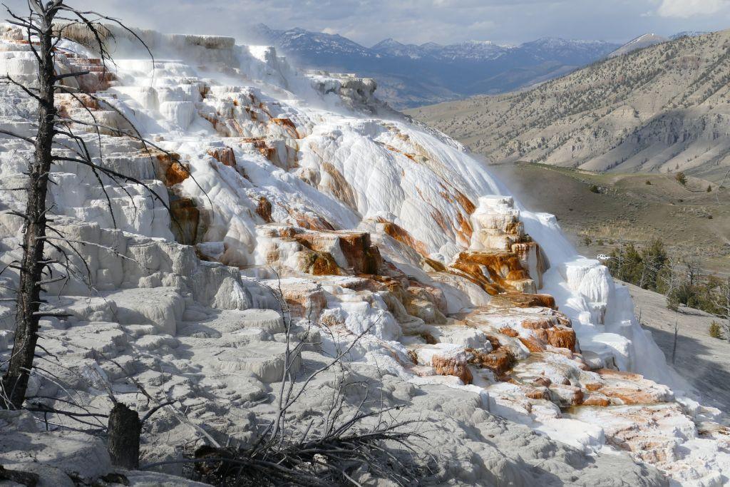 Yellowstone Farben 5.jpg