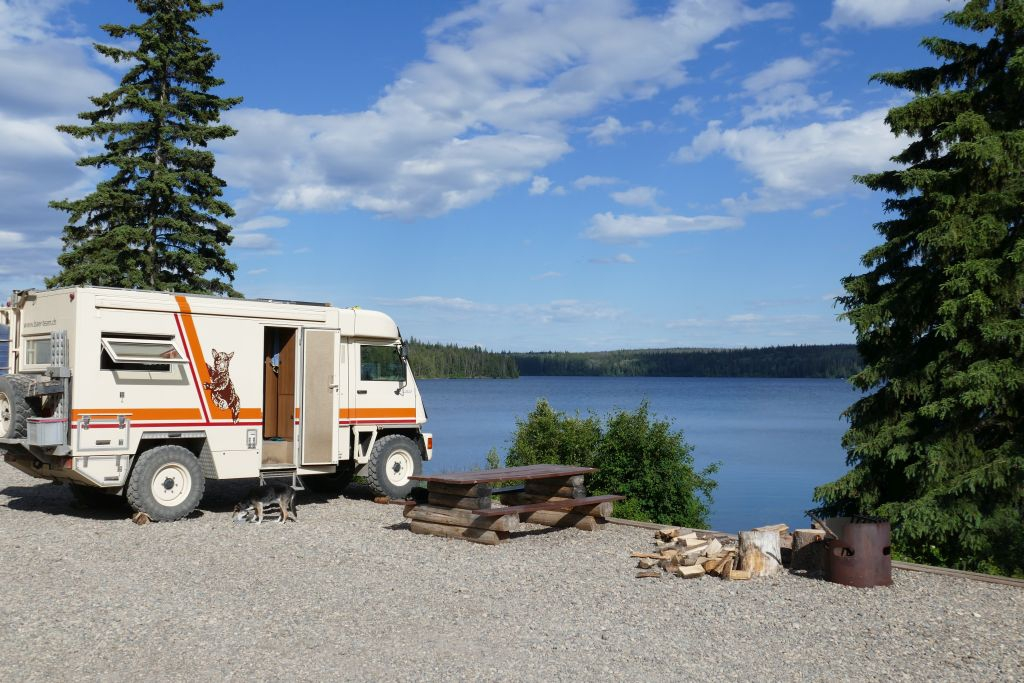 Free Copp Lake, N 53° 57.389'  W 123° 33.742'