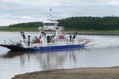 Fähre über den Mackenzie River