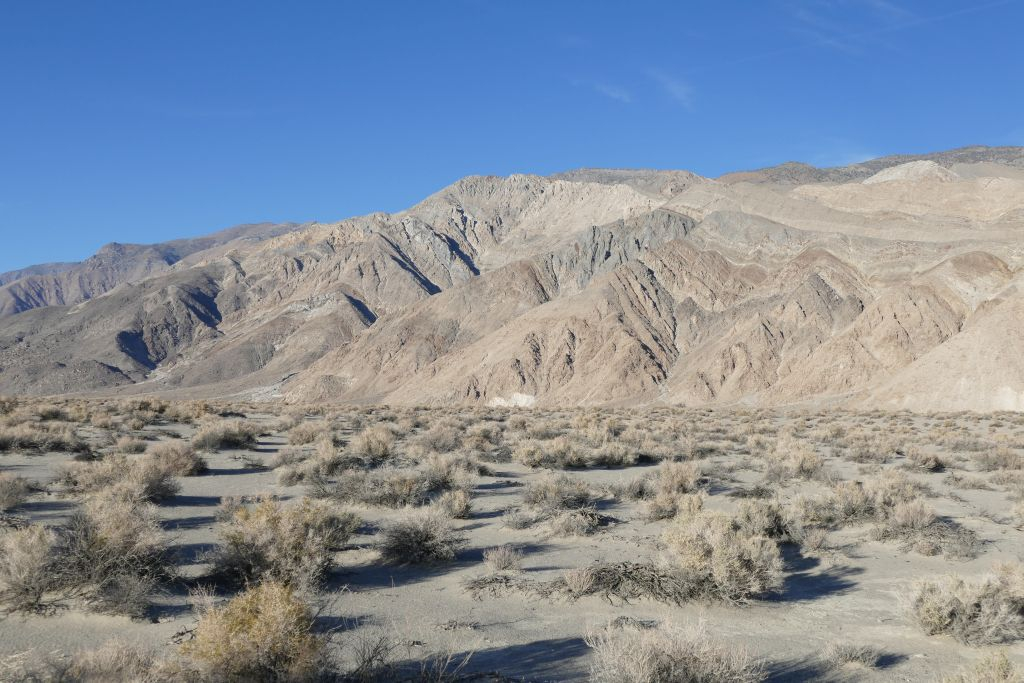Berge am Rand von Death Valley 2