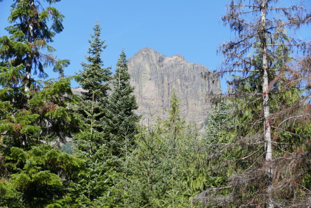 Cascade Berge 1