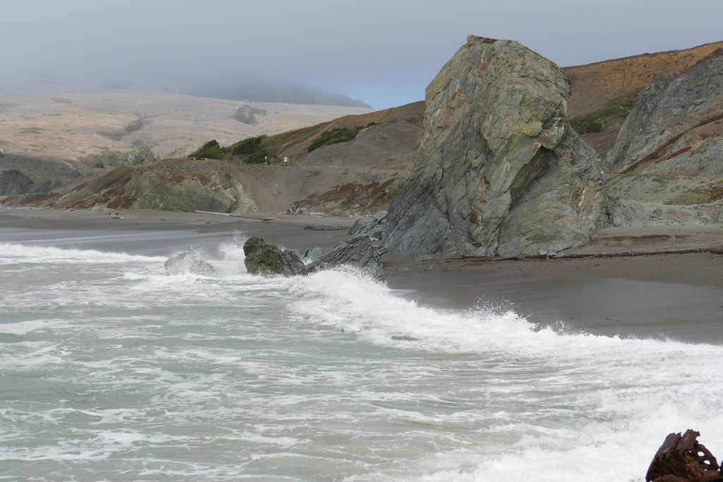 felsiger Strand