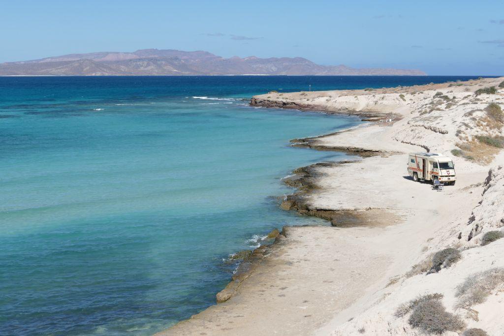 Playa El Tecolote 2