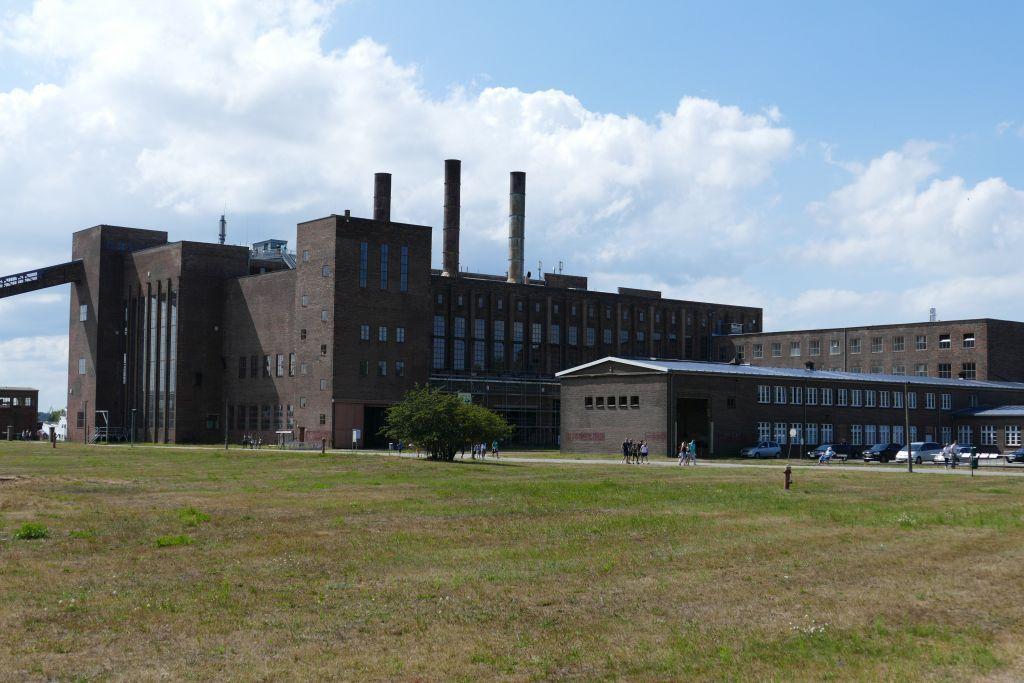 ehemaliges Kraftwerk heute Museum mit Dokumentation  wie die Nazis Raketen bauten