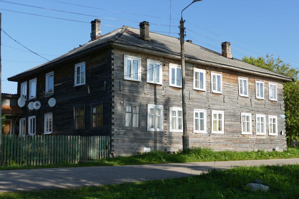 Wohnhaus in Kargopol aus Holz