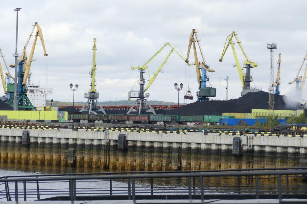 Kohlenumschlagplatz am Hafen