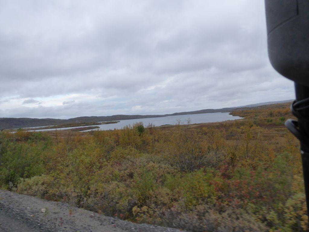 Abwechslungsreiche Landschaft mit vielen Seen
